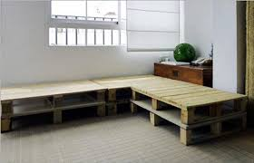 diy livingroom diy pallet sectional sofa for living room 99 pallets