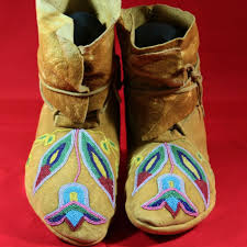 antique native american plateau beaded moccasins from atozantiques
