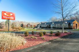 Comfort Inn Groton Ct Econo Lodge Inn U0026 Suites Groton Ct 605 Gold Star Highway 06340