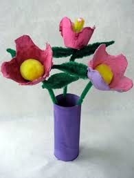 Caterpillar Vase 22 Fun Things To Make With Egg Cartons Tip Junkie