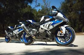Bmw S1000rr Review 2013 2013 Bmw Hp4 And Alpinestars Summer Clothing Review Photo U0026 Image