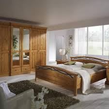 schlafzimmer naturholz gemütliche innenarchitektur gemütliches zuhause naturholz