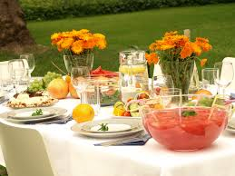 planning an outdoor summer dinner party