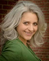 how to bring out the grey in hair 2335 best silver hair images on pinterest grey hair long gray