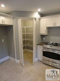 How To Design A Kitchen Pantry Best 25 Large Kitchen Design Ideas On Pinterest Dream Kitchens