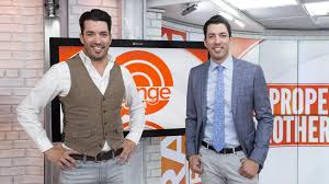 Propertybrothers Property Brothers Drew And Jonathan Scott Stripped Down In A