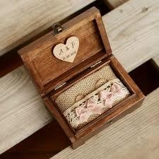 wedding ring holder https i pinimg 736x 4e da 06 4eda069d0c50d59