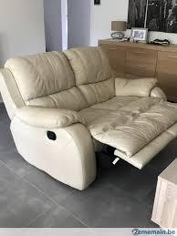 canapé 2places canapé 2places a vendre 250 à fontainel evêque 2ememain be