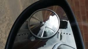 Driving Blind Spot Check Parking