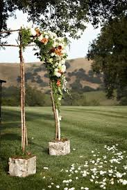 Wedding Trellis Flowers 31 Charming Woodland Wedding Arches And Altars Weddingomania