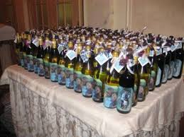 wine bottle favors brides helping brides wine bottle favors liweddings