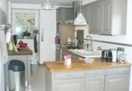 repeindre sa cuisine rustique relooker sa cuisine rustique le bois chez vous