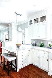 white kitchen cabinets backsplash glass kitchen backsplash white cabinets best white kitchen ideas