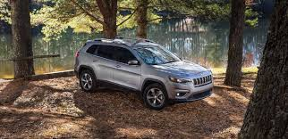 tan jeep cherokee 2019 jeep cherokee cuv photo and video gallery