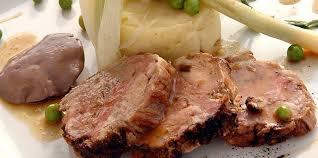 cuisiner le chevreau chevreau rôti à l ail vert facile recette sur cuisine actuelle