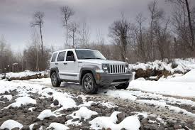 offroad jeep liberty jeep liberty u2014 true freedom on and off road driving 2011 jeep
