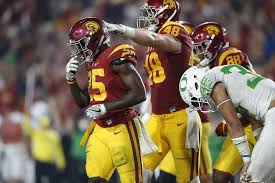 Michael Hutchings Usc Usc Holds Oregon To A Seven Year Low And Wins Fifth In A Row La
