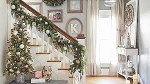 Ideas To Decorate Staircase Wall Cool Inspiration Stair Wall Decor Together With Marvelous Stairs