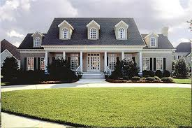 Georgian Style Home Plans A 2 Story 4 Bedroom Modern Plantation Style Home Plan Has The