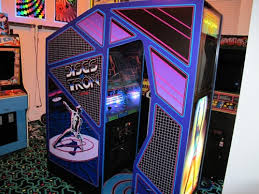 sit down arcade cabinet the ten most badass us arcade cabinets