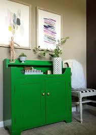 vaisselier mural ancien relooker un meuble ancien avec de la peinture idées supers