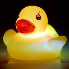 tobar flashing rubber duck toy amazon co uk toys u0026 games