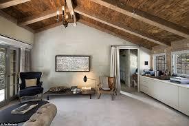 Ellen Degeneres Home Decor Ellen Degeneres Lists Santa Barbara Estate For 45m Daily Mail