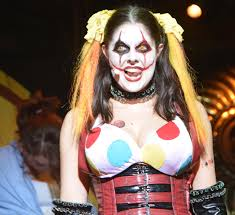 american horror story halloween horror nights halloween horror nights chance the harlequin of horror and right