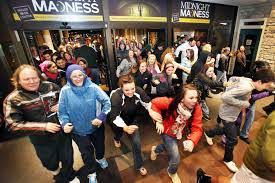 fitbit black friday amazon high consumer confidence positive for retailers on black friday