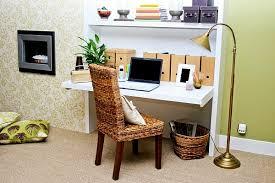 biblioth ue avec bureau le bureau escamotable décisions pour les petits espaces archzine fr