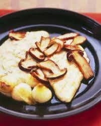 cuisiner un sandre sandre poêlé purée aux cèpes pour 4 personnes recettes à table