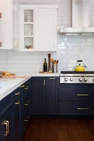 Caulking Kitchen Backsplash Best Way To Caulking Kitchen Backsplash Using Glass Subway Tile