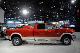 chicago 2009 dodge ram 3500hd chicago auto show cas cheers