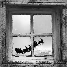 Christmas Window Decorations Uk by How To Paint Window Christmas Scenes Ehow Uk Christmas Decor