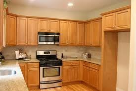 Charleston Light Kitchen Cabinets Home Design Traditional - Kitchen designs with oak cabinets