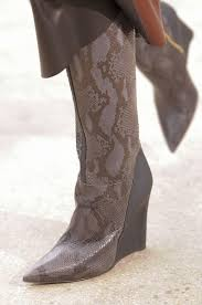 womens boots for fall trendiest s boots of fall winter shows 2017