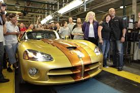 Dodge Viper Quality - last dodge viper rolls off the production line with video