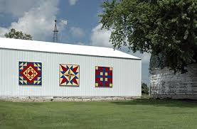 Black Barns Barn Quilts Of Black Hawk County Cedar Falls Tourism U0026 Visitors