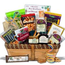 gift food baskets best 25 healthy gift baskets ideas on diy gift