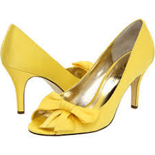 grey bridesmaid shoes what shoes go with this dress yellow and grey wedding yellow