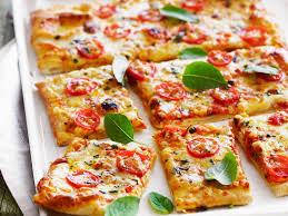jeux de cuisiner des pizzas 10 trucs à savoir pour réussir une pizza maison cuisine actuelle