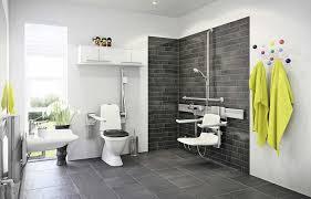 badezimme gestalten neue fliesen im badezimmer verlegen luxus badezimmer fliesen