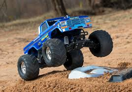 traxxas monster jam trucks traxxas 1 10 bigfoot 1 the original monster truck blue traxxas