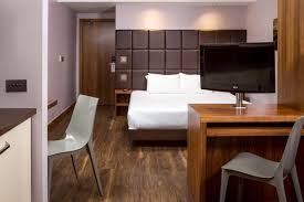 Closest Hotel To Six Flags New England Hotel In Leeds City Centre U0026 Serviced Apartments Roomzzz Aparthotel