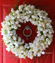 make a tulip wreath spring floral ideas michaelsmakers
