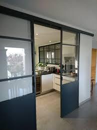 verriere separation cuisine verrière en acier gris anthracite porte coulissante pour séparation