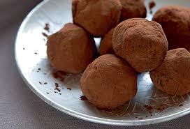 cuisiner truffe truffes au chocolat noir les recettes l univers lindt