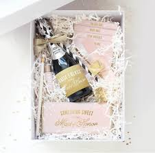 bridesmaids invitation boxes 11 delivery services to help propose to your bridesmaids wedding