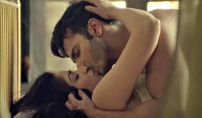 badlapur varun dhawan and yami gautam hot kissing scene youtube badlapur varun dhawan and yami gautam hot kissing scene