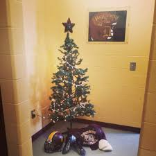 the story behind the christmas tree in the davison football team u0027s